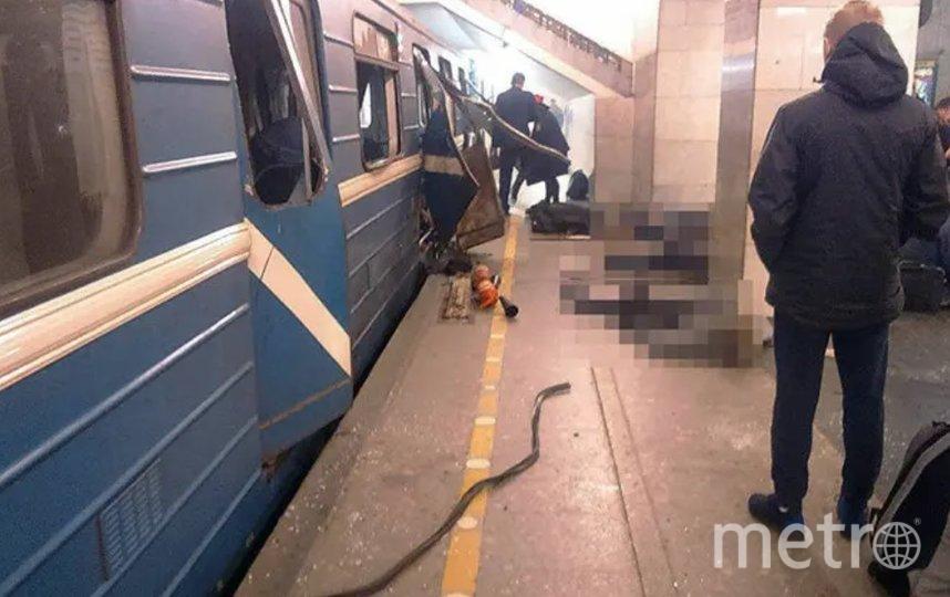 Взрыв в метро Петербурга произошел 3 апреля 2017 года. Фото vk.com/spb_today.