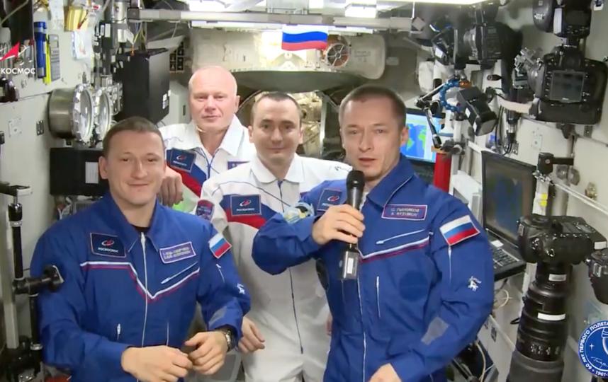 Российские космонавты на борту МКС. Фото Роскосмос