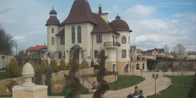 Российский замок.