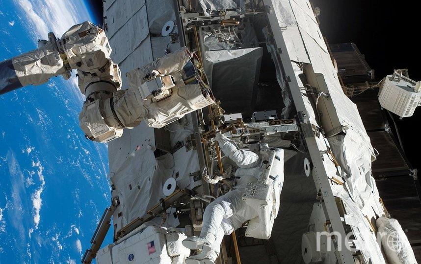 """В """"Роскосмосе"""" назвали зарплату космонавтов после повышения. Фото pixabay.com"""
