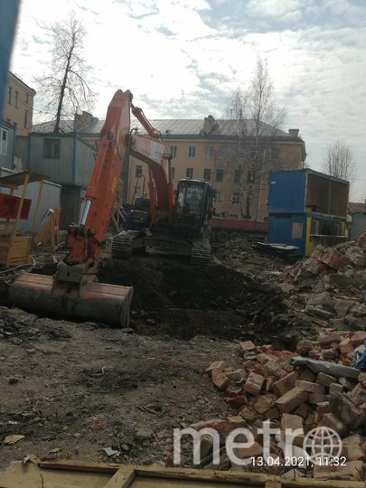 Активисты сообщили о сносе исторического здания, где суд остановил работы. Фото vk.com/mytndvor.