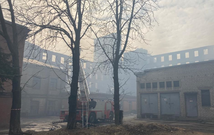 Акционер Невской мануфактуры подтвердил намерение отреставрировать здание. Фото kgiop.gov.spb.ru.