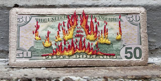 Доллары стали политическим символом.