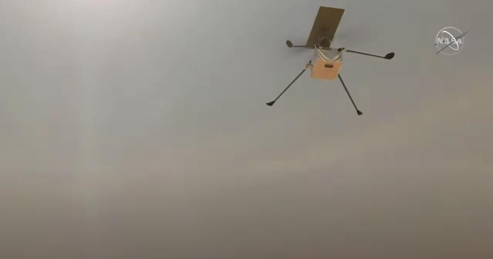 Беспилотный вертолет Ingenuity. Фото Скриншот Youtube: https://www.youtube.com/watch?v=p1KolyCqICI