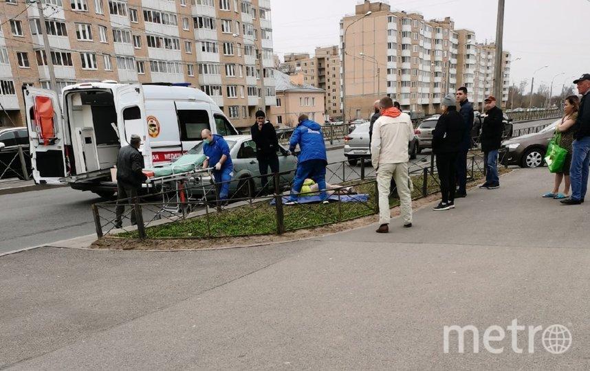 Школьницу увезли в больницу всостоянии средней степени тяжести. Фото vk.com/krasnoe_selo.