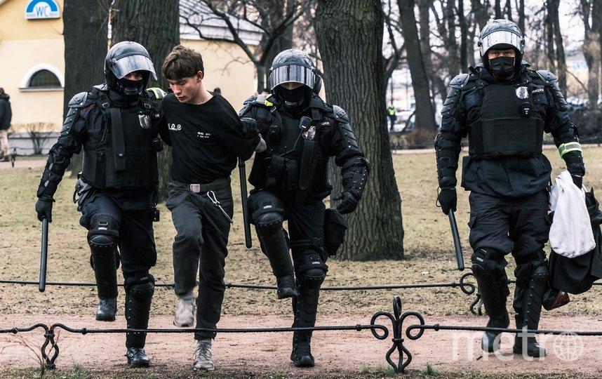 "Центр Петербурга, 21 апреля 2021 года. Фото ""Metro"""