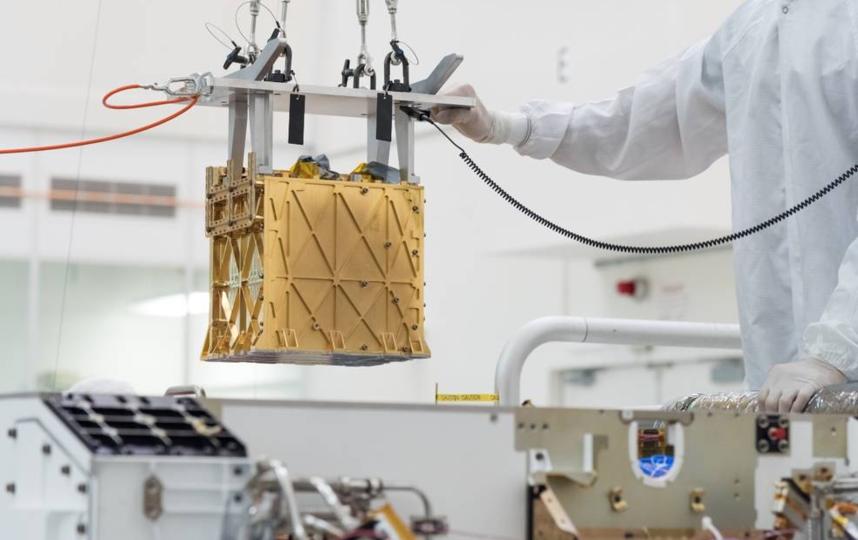 Прибор, позволивший получить кислород из атмосферы Марса. Фото NASA