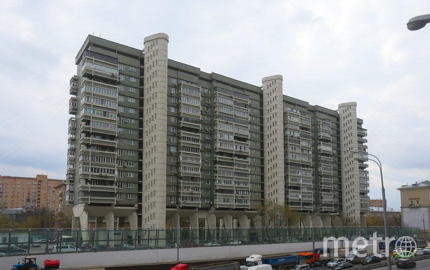 10,45 млн рублей стоит однокомнатная квартира площадью 33,3 кв. метра в Доме авиаторов (по данным cian.ru). Фото Василий Кузьмичёнок