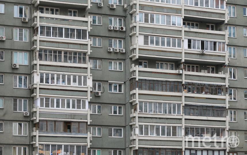 Квартиры в доме стандартной планировки, не считая лоджий. Их размеры впечатляют – полтора на шесть метров! Фото Василий Кузьмичёнок