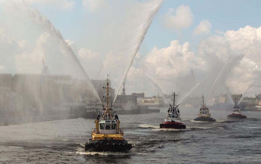 """Фестиваль ледоколов, архивное фото. Фото """"Metro"""""""