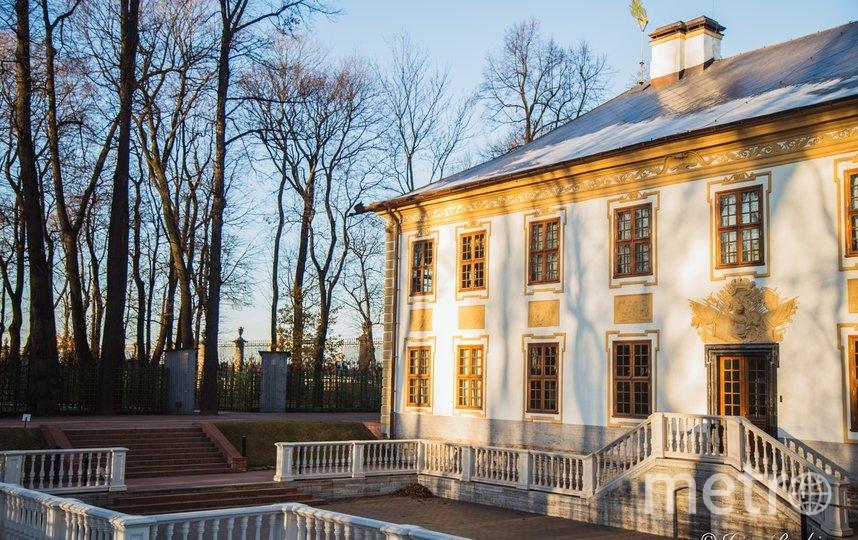 Так Летний дворец выглядит снаружи. Фото https://vk.com/rusmuseum.gardens
