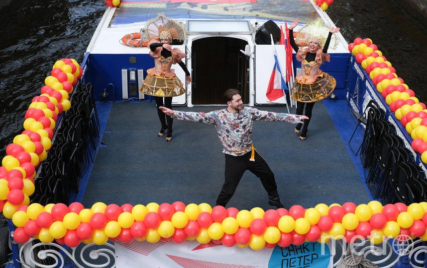 """Речной карнавал-2021 в Петербурге. Фото Святослав Акимов, """"Metro"""""""