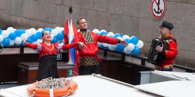 Речной карнавал-2021 в Петербурге.