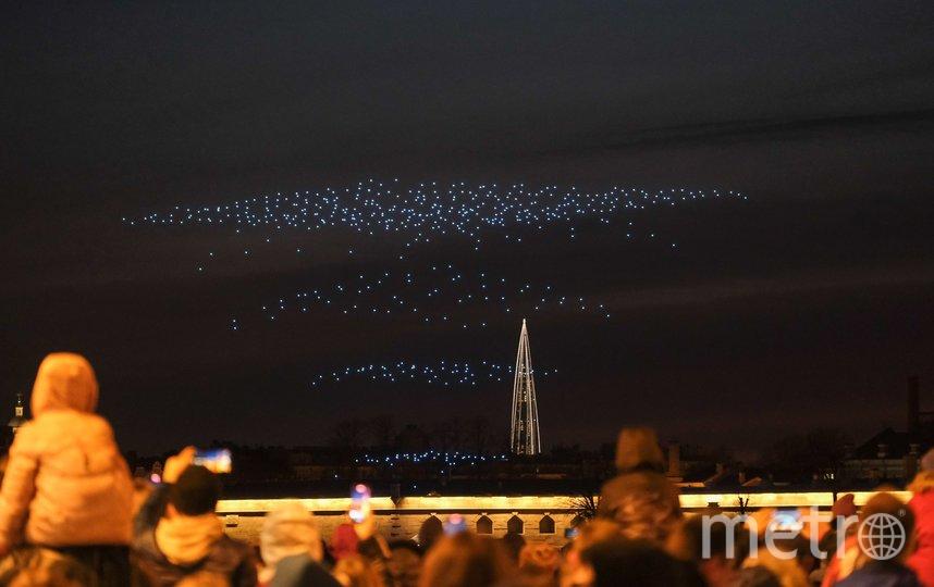"""Шоу дронов в Санкт-Петербурге. Фото Святослав Акимов, """"Metro"""""""