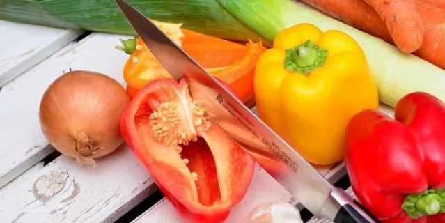 Некоторые овощи лучше не хранить в холодильнике.