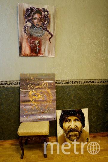 """В художественном салоне представлены не только работы Татьяны. Фото """"Metro"""""""