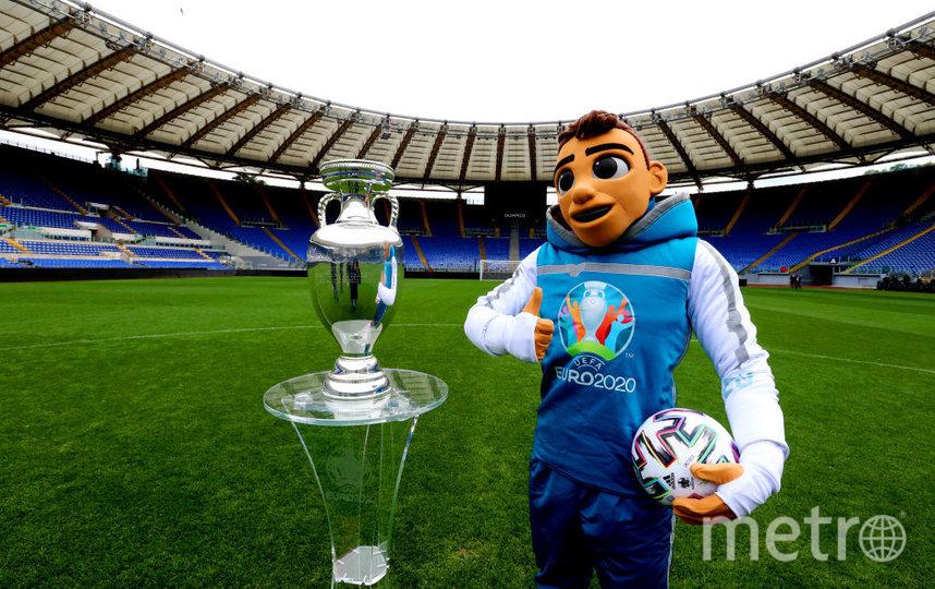 Чемпионат Европы по футболу должен был состояться летом прошлого года, но из-за пандемии COVID-19 был перенесен. Фото Getty