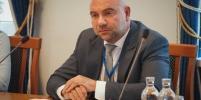 Телеведущий Баженов предложил внести поправки в закон
