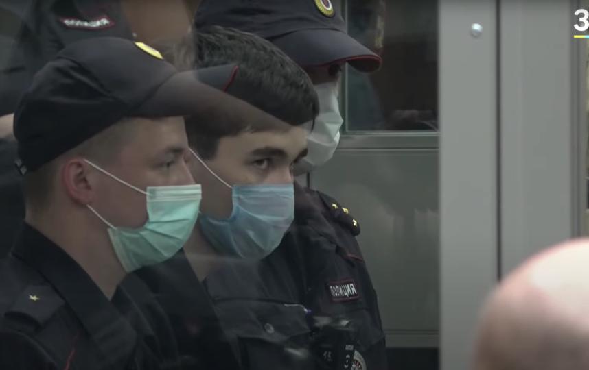 Следствие сообщило, что Казанский стрелок Галявиев сделал в школе не менее 17 выстрелов. Фото Скриншот YouTube: https://www.youtube.com/watch?v=OOtmVvKFHSY
