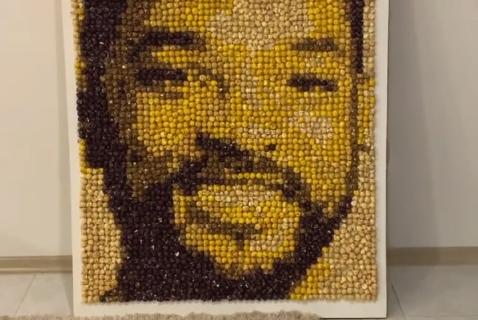 Портрет Уилла Смита из попкорна.