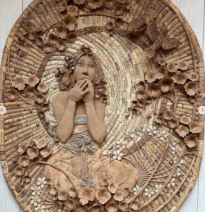 На создание панно или мини-скульптуры уходит от двух недель до трёх месяцев. Фото instagram@pr0bka