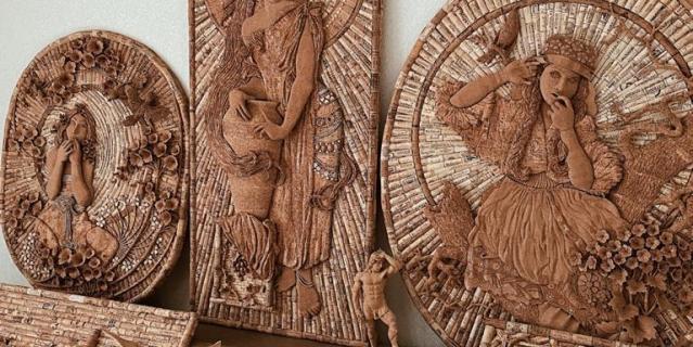 На создание панно или мини-скульптуры у Игоря Копачевского уходит от двух недель до трёх месяцев.