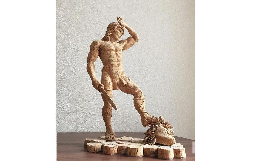 На создание панно или мини-скульптуры у Игоря Копачевского уходит от двух недель до трёх месяцев. Фото instagram@pr0bka