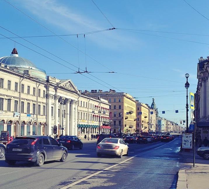 Невский пр., 20. Фото instagram.com@na_nevskom