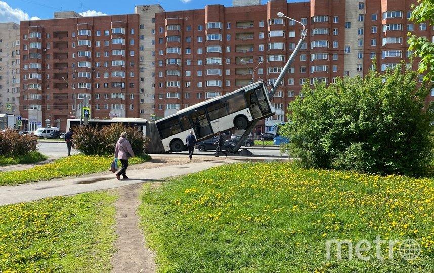 Фотографии с места происшествия. Фото https://vk.com/spb_today