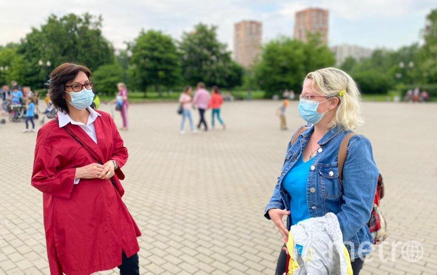 Елена Кац (слева). Фото Евгений Шустров