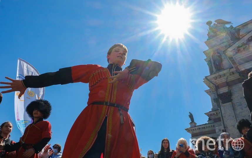 """Танцоры из ансамбля """"Имамат"""" показали класс. Фото Алена Бобрович, """"Metro"""""""