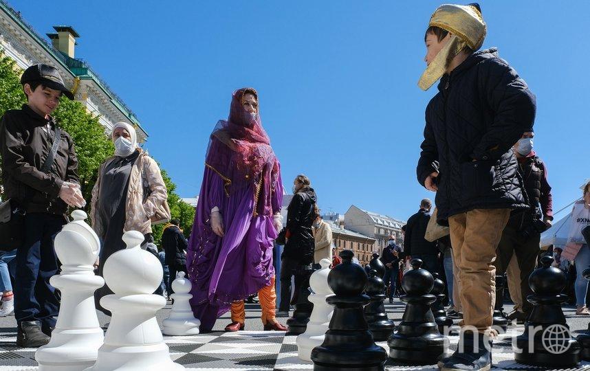 """Все желающие могли поиграть в шахматы. Фото Алена Бобрович, """"Metro"""""""