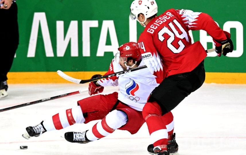 Сергей Толчинский (слева) в матче со швейцарцами был неудержим. Фото Григорий Сысоев, РИА Новости