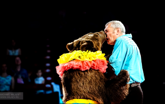 Масяня выступает на разных площадках: в цирках, больницах и колониях. Фото Фото предоставлены Байрамом Атаевым.
