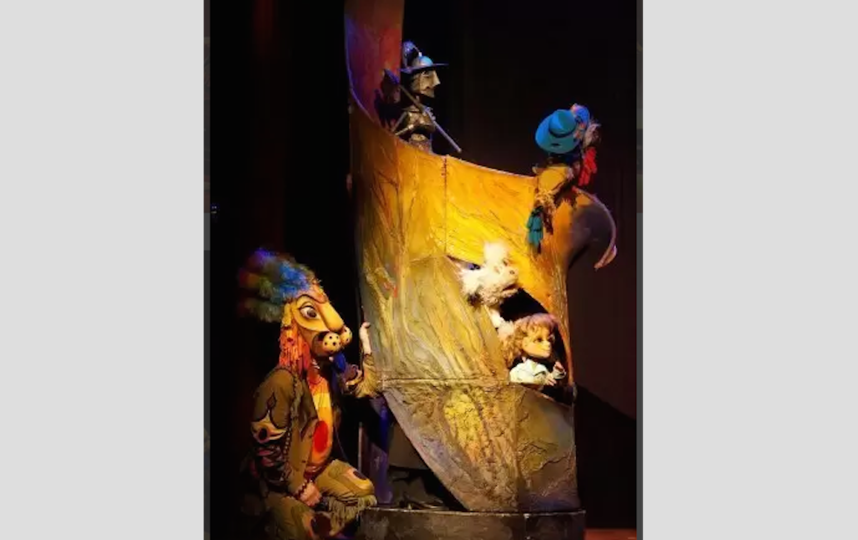 """Сцена из спектакля """"Волшебник Изумрудного города"""". Фото Предоставлено организаторами"""