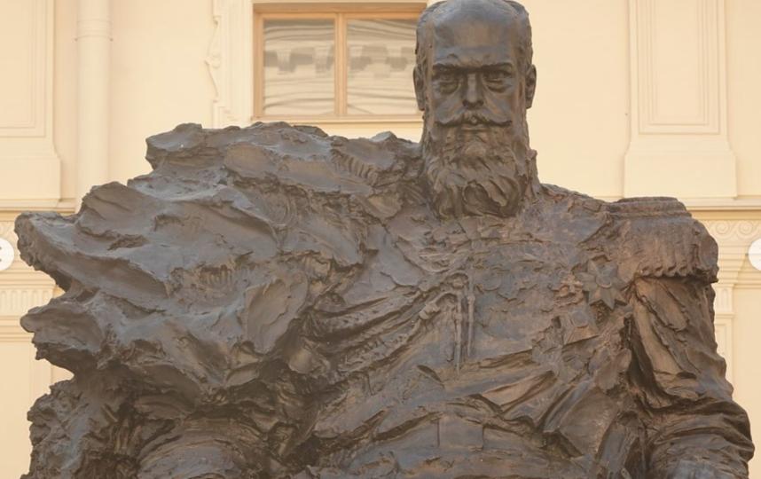 Памятник Александру III. Фото Скриншот Instagram: @vladimir_brodarsky