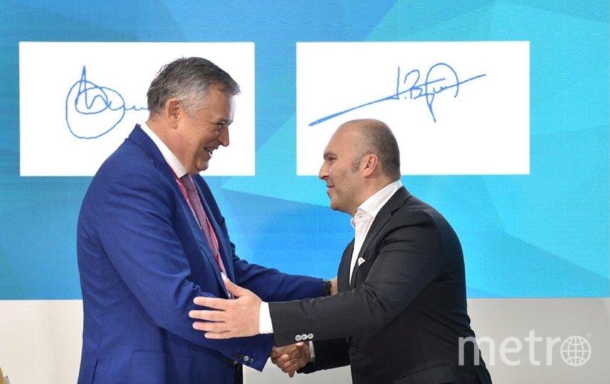 губернатор Ленинградской области Александр Дрозденко и генеральный директор МегаФона Геворк Вермишян.