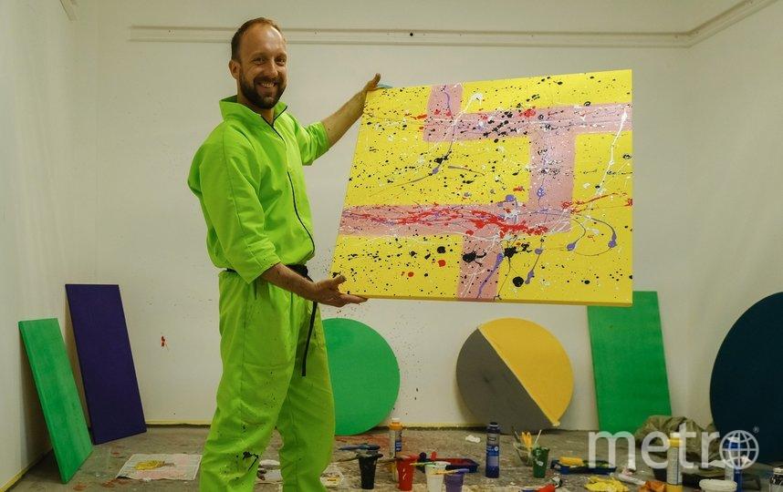 """На каждую картину художник тратил примерно 15 минут. Фото Алена Бобрович, """"Metro"""""""