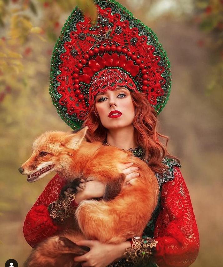 Авторские кокошники в основном используют для фотосессий и модных показов.