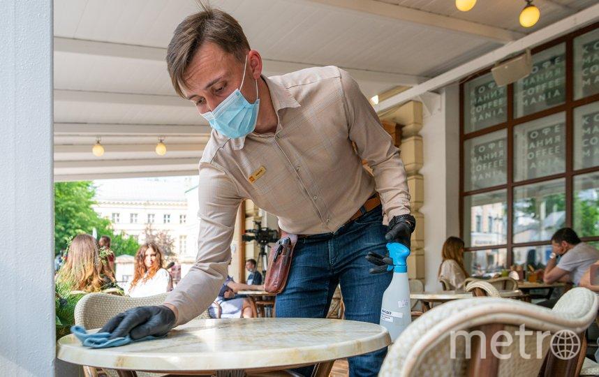 Рестораны и кафе должны соблюдать дополнительные правила безопасности из-за коронавируса (архивное фото). Фото Пресс-служба мэра и правительства Москвы. Максим Мишин