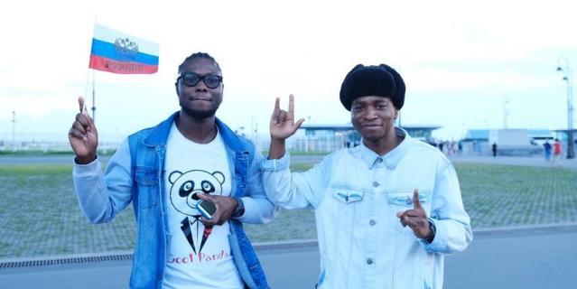Иностранные студенты из Петербурга.