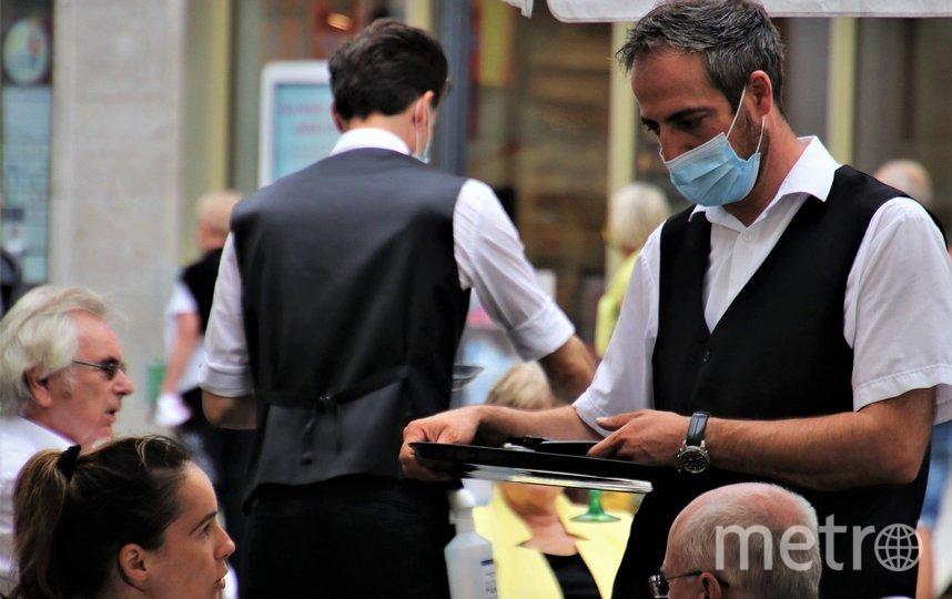 В пандемию рестораны и кафе работают с ограничениями. Фото pixabay.com