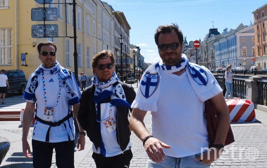 """Финны в центре города. Фото Алена Бобрович, """"Metro"""""""