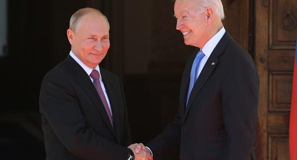 Путин и Байден встретились в Женеве.