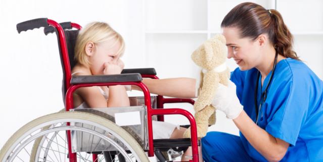 Любой ребёнок с двигательными нарушениями нуждается в помощи, несмотря на степень сложности диагноза.