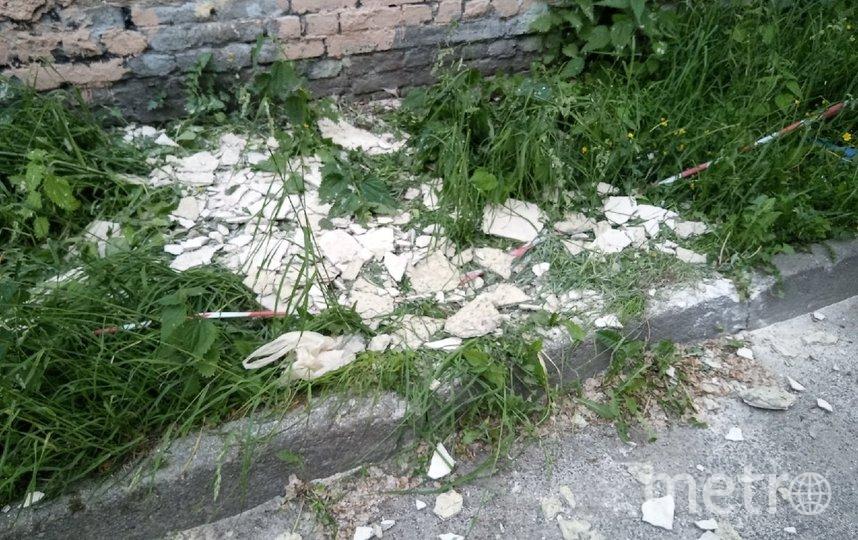 Огромная трещина появилась на фасаде исторического дома на улице Черняховского. Фото vk.com/mytndvor.