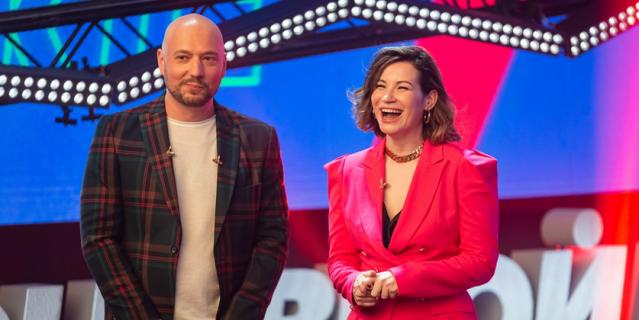 """В прошлом году ведущими """"Основного выпуского"""" были Владимир Маркони и Ида Галич."""