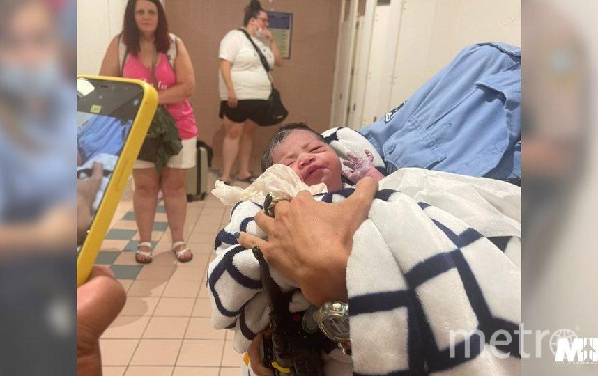 Новорожденную назвали в честь места, где она родилась. Фото Twitter: @iflymia