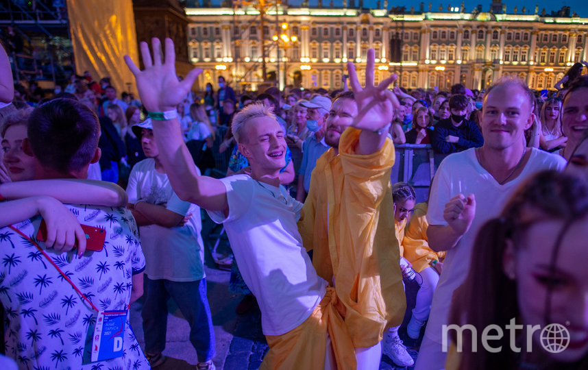 """Алые паруса-2021"". Фото Святослав Акимов, ""Metro"""