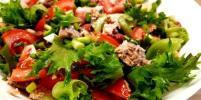 Едим и не толстеем. Как приготовить легкий салат с фасолью и консервированным лососем